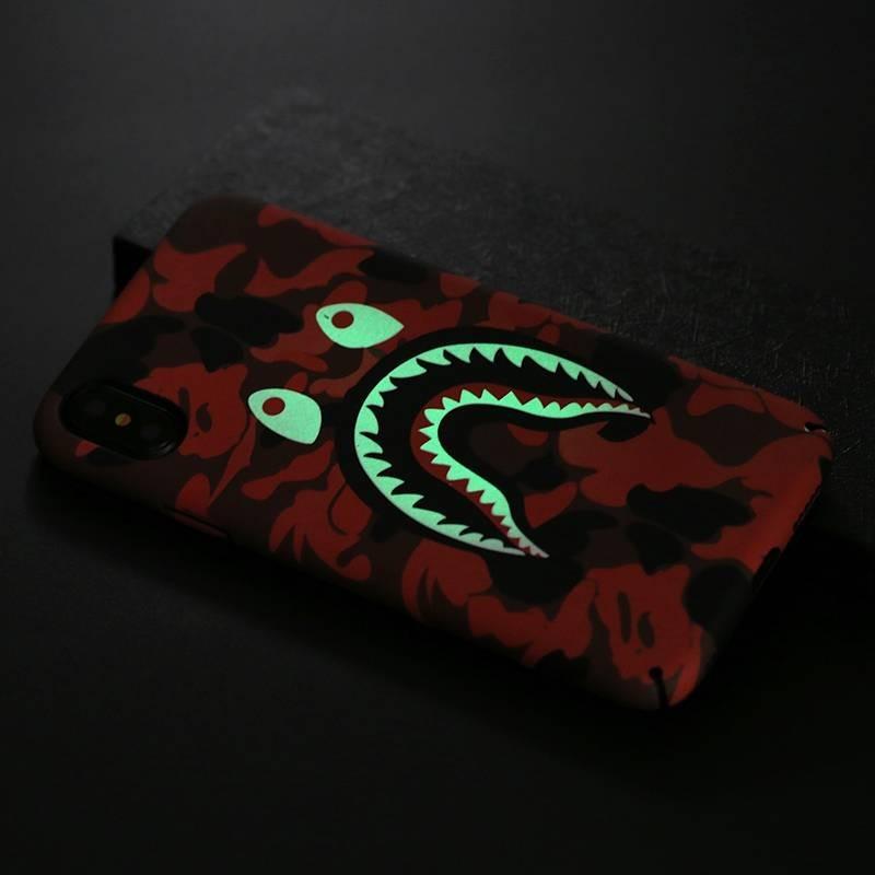 iPhone XR - Coque avec Motif Monstre Phosphorescent
