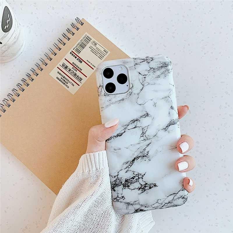 iPhone 11 Pro Max - Coque Silicone avec Motif Marbré - 32 Motifs & Couleurs au Choix