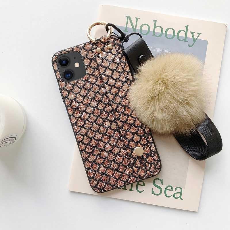 iphone 11 coque chevalet dragonne amovible avec boule de poils